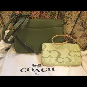 Coach SoHo Bag with Tea rose strap